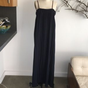 Opening Ceremony Dresses - Opening Ceremony navy pleated maxi dress. Size m
